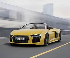 2017 Audi R8 Spyder Opens Up In New York City