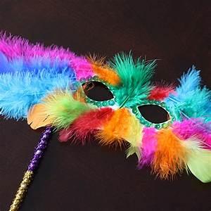 Mardi Gras Feather Mask | Fun Family Crafts