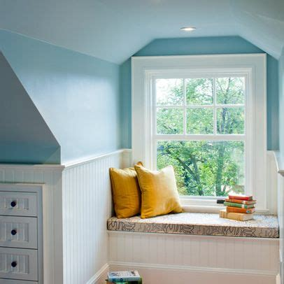 Decorating Ideas For A Dormer Bedroom by Dormer Window Seat Design Ideas Pictures Remodel And