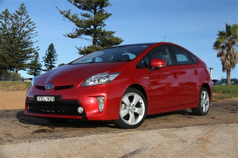 2012 Toyota Prius Review