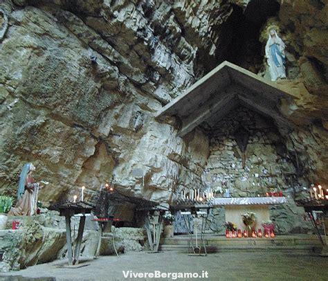 grotta della madonna  lourdes  rosciano ponteranica
