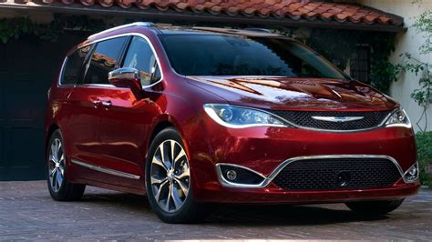2019 Chrysler Pacifica  New Cars Review
