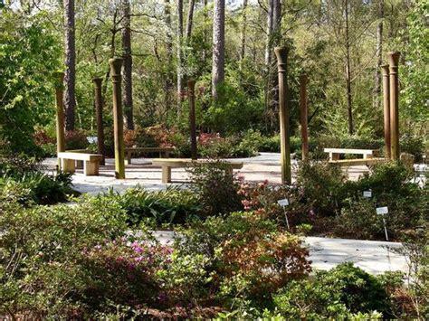mobile botanical gardens wedding