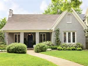 25 best ideas about painted brick ranch on