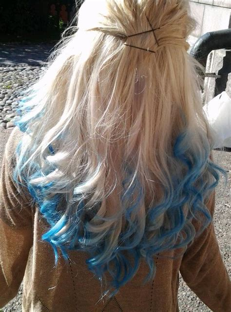 Blonde With Blue Dip Dye Hair Colors Ideas