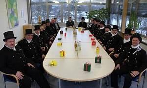 Rauchmelderpflicht Bayern Haus : 15 gl cksbringer besuchen den landrat schwandorf ~ Lizthompson.info Haus und Dekorationen