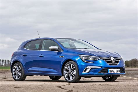 Renault Megane Review by Renault Megane Review 2019 Parkers
