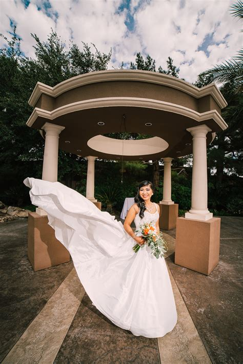 rainbow garden wedding las vegas photographer