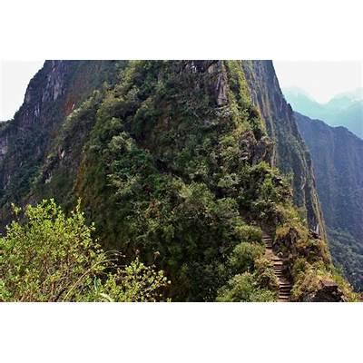 Machu PicchuWe Go Round the World
