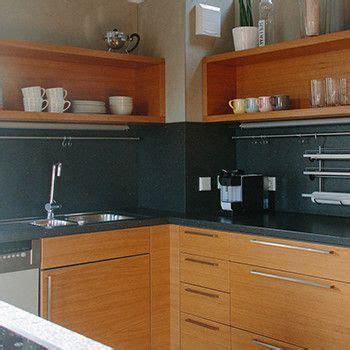 küche mit schwarzer arbeitsplatte schreinerei mairhofer k 252 che in eiche mit schwarzer arbeitsplatte schreinerei mairhofer