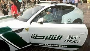 Nouvelle Voiture De Police : la police de dubai s 39 offre une nouvelle voiture et ce n est pas une supercar ~ Medecine-chirurgie-esthetiques.com Avis de Voitures