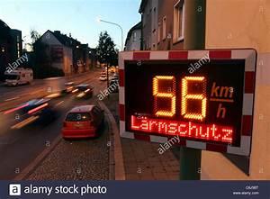 Auto City Essen : speed limit in km stock photos speed limit in km stock images alamy ~ Eleganceandgraceweddings.com Haus und Dekorationen