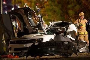 Crash Off I-45 Leaves At Least 3 People Dead