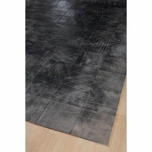 tapis cuir walker gris 200x300 home spirit With tapis peau de vache avec canape cuir linea sofa