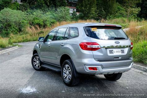 ford everest  trend  car reviews