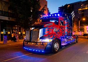 Transformers: Age of Extinction Western Star Truck Optimus ...
