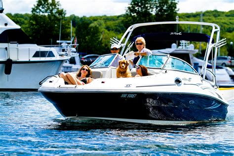 Boating Safety Ontario Canada renting a boat in ontario what you need to and who