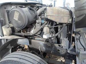 International Dt466e Engine For A 1997 International 4700