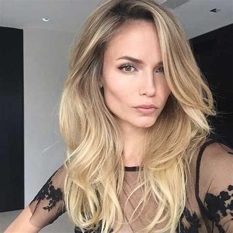 best layered haircuts for thick hair 2018 medium to haircuts for thick hair 5574