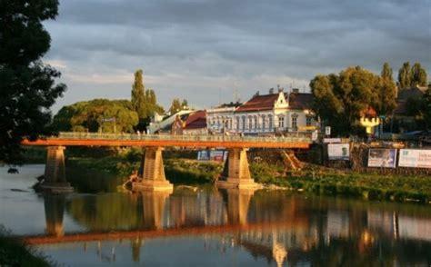 modernist cuisine discover uzhgorod travel guide