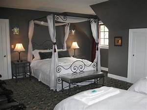 Bedroom nice decoration gray bedroom color schemes gray for Gray color schemes for bedrooms