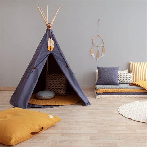 tipi chambre chambre enfant le tipi la nouvelle cabane à adopter