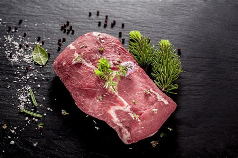 cuisiner un cuissot de sanglier comment cuisiner le sanglier 28 images r 244 ti de