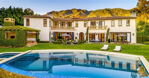 malibu mansions worthy   epic weekend getaway