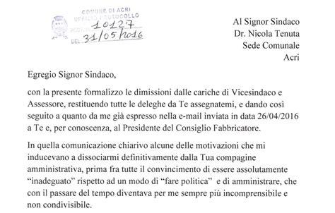 Lettere Dimissioni Volontarie by Acri Ecco La Lettera Di Dimissioni Vicesindaco Ferraro