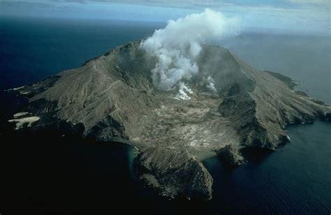 global volcanism program white island