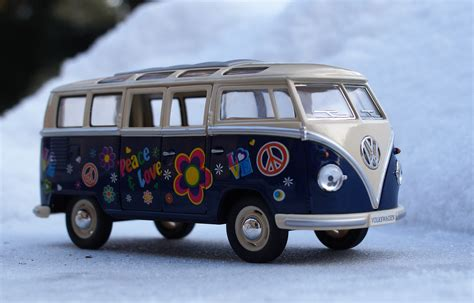 volkswagen bus free images snow winter vintage retro van old auto