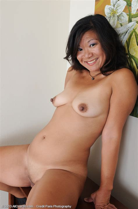 Asian Milf Samantha W Get Playful And Horny Milf Fox