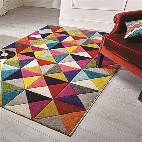 tapis de salon colore idees de decoration interieure