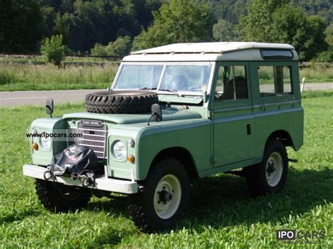 land rover series 3 off road 1976 land rover 88 series iii station wagon car photo