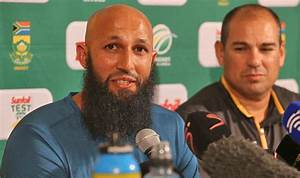 South Africa's Hashim Amla gives up captaincy after crazy ...
