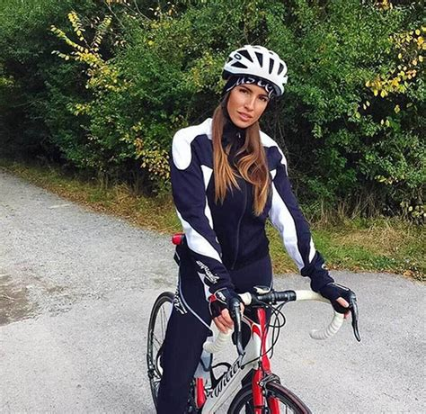 foto de MARCA Lifestyle: Lucia Javorcekova leaves cycling to