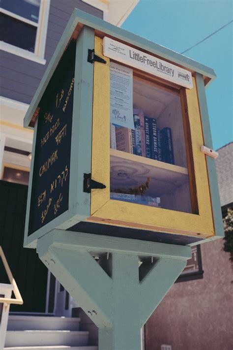 images gratuites livre bois fenetre signe facade