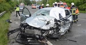 Accident De Voitures : un effroyable accident de voiture lui brise la nuque ~ Medecine-chirurgie-esthetiques.com Avis de Voitures
