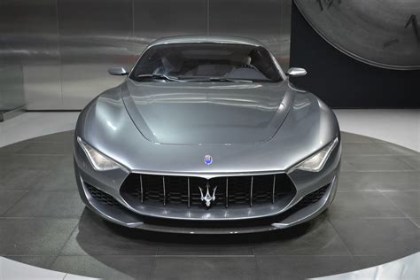 maserati alfieri convertible maserati shows alfieri concept in detroit announces 2014