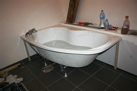 habiller une baignoire d angle tablier lux wedi et