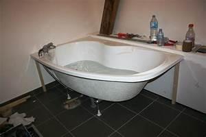 Baignoire A Poser : habiller une baignoire d 39 angle tablier lux wedi et ~ Edinachiropracticcenter.com Idées de Décoration