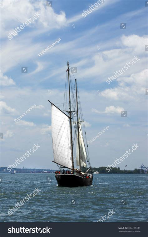 Classic Boat Cruise Nyc by Cruise Classic Schooner New York Usa Stock Photo 480721441