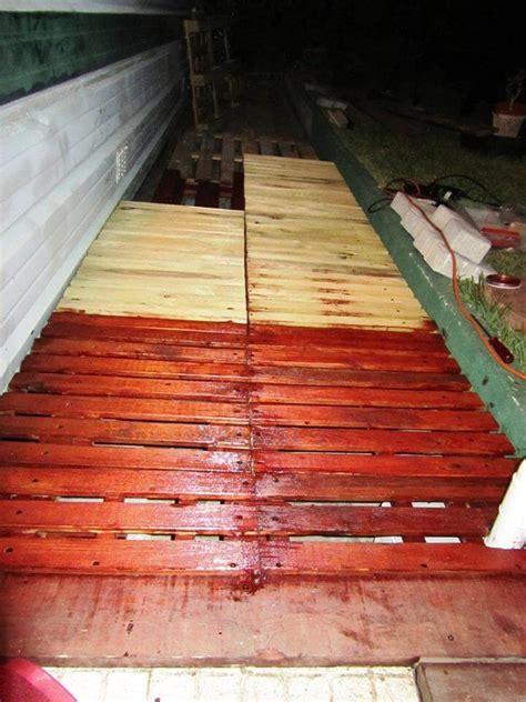pallet walkway wooden sidewalk ideas  pallets