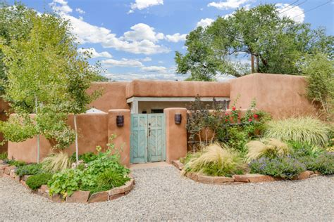 southwestern landscape design 16 amazing southwestern landscape designs that will increase your outdoor appeal