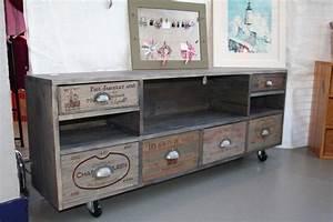 meuble tv indus fenrezcom gt sammlung von design With meuble en manguier massif 7 meuble tv industriel 2 tiroirs bois fonce made in meubles