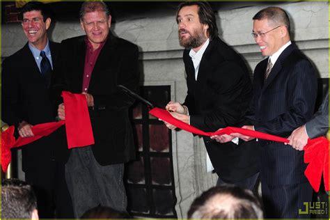 Jim Carrey Vomits Christmas Photo 2324161 Jim Carrey