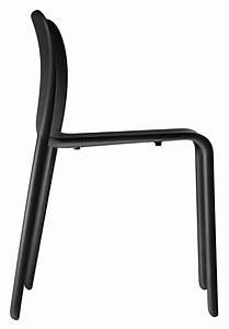 Chaise Plastique Noir : chaise empilable first chair plastique noir magis ~ Teatrodelosmanantiales.com Idées de Décoration