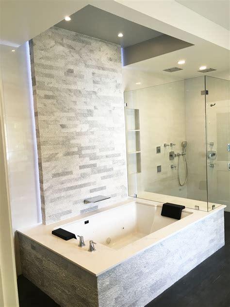 bathroom amazing classic lowes bath tubs   terrific bathroom ideas trudeaustoriescom