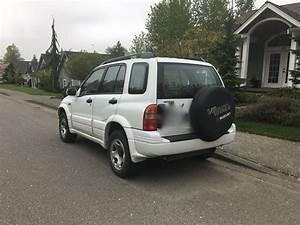 2000 Suzuki Grand Vitara - Overview