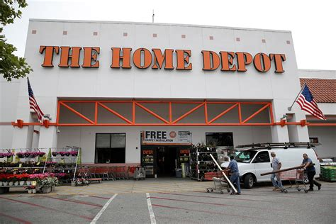 Home Depot : 70-year-old Army Veteran Fired For Confronting Shoplifters